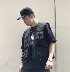 Life is too short for boring clothing. Utility Vest Clip fastening Utility pockets Regular fit Just select your usual size Cargo Vest, Utility Vest, Mode Streetwear, Streetwear Fashion, Trendy Mens Fashion, Future Clothes, Vest Outfits, Vest Jacket, Vest Men