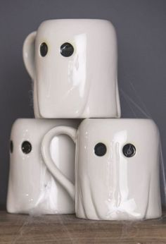 Part spooky, part cute. These ghostly mugs from Martha Stewart's new collection created for Macy's will keep you in the Halloween spirit all month long. Fete Halloween, Spirit Halloween, Halloween Decorations, Halloween Mug, Halloween Ideas, Halloween House, Halloween 2020, Cute Coffee Mugs, Cute Mugs