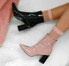 Trendy Dress Pink And Black Heels Ideas Sock Shoes, Shoe Boots, Shoes Heels, Pumps, Footwear Shoes, Shoes Sneakers, Dress Boots, Pretty Shoes, Cute Shoes