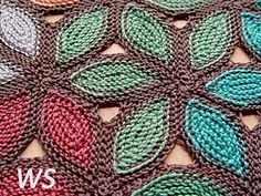 The pattern contains detailed row-by row instructions, schematic, charts and a photo tutorial.