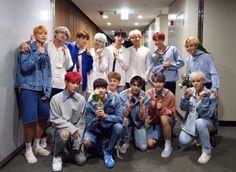 ¡Finalmente VICTON tuvo la oportunidad de conocer a sus modelos a seguir, los integrantes de BTS! Integrantes del grupo rookie de Plan A Entertainment, VICTON, han nombrado múltiples veces a los integrantes de BTS como modelos a seguir, con Sejun conocido por su admiración por Jimin de BTS. Aunque VICTON debutó en noviembre del año …