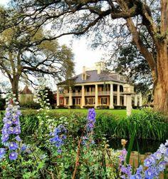 Southern Plantation Homes, Southern Mansions, Southern Homes, Plantation Houses, Southern Charm, Country Homes, Southern Belle, Louisiana Plantations, Old Mansions