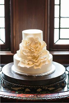 Wedding Cakes from Classic Cakes by Lori | Brides of Austin