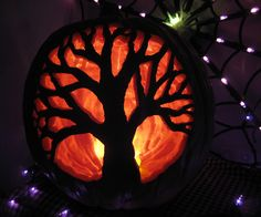 Tree Jack o' lantern