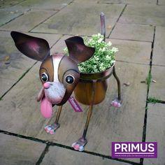 Nodding Dog Planter from the Primus range of Animal Garden Planters. Online wholesaler, specialising in handcrafted Animal Sculptures, Garden & Wall Art. Supplying garden centres, nurseries and retailers worldwide. Trade only.