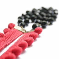 Necklace with Pompom Ribbon in Red and Black - - Colors of your life - Passion Forever