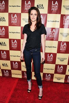 Kristen Stewart rocks #7FAM on the red carpet
