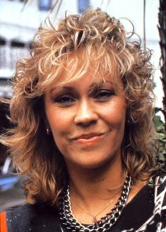 Agnetha Faltskog - Pop Singer with ABBA, born in Jonkoping, Sweden. She was married to Bjorn Ulyaeus, also a singer with ABBA, they had 2 children Peter and Linda. Music Like, Pop Music, Pop Singers, Female Singers, Stockholm, Blonde Singer, Abba Mania, Bonnie Tyler, Golden Hair