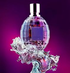 Perfume bottle on water splash. Glass perfume bottle on a water splash in shades of purple and black. Diy Parfum, Beauty Care, Diy Beauty, Peeling Maske, Lotion, Essential Oil Perfume, Beautiful Perfume, Makeup Collection, Picture Collection