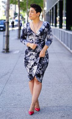 Easy DIY Faux Wrap Dress with pattern info and rating now on the blog.