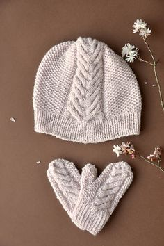 Heartsbloom+Hat+and+Mittens+Pattern