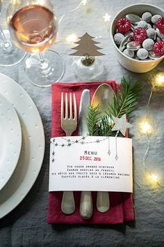 arranjos de natal para mesa cardapio nos talheres