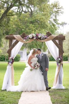 rustic burlap wedding arch / / http://www.himisspuff.com/wedding-arches-wedding-canopies/