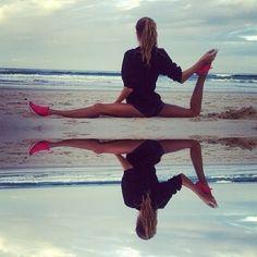 Splits on a beach.