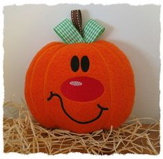 GG Designs Embroidery - Percy Pumpkin toy softie (in the hoop) (Powered by CubeCart)