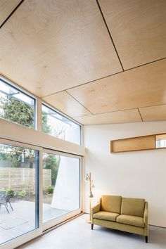 Other good photos at this link (esp Concrete floor . Other good photos at this link (esp Concrete floor / white walls / plywood ceiling. Plywood Wall Paneling, Plywood Ceiling, Timber Ceiling, Wood Ceilings, Plywood House, Interior Cladding, Timber Cladding, Ceiling Cladding, Ceiling Panels