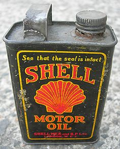 Shell Mex Sampler Tin - A small vintage collectable motor oil tin