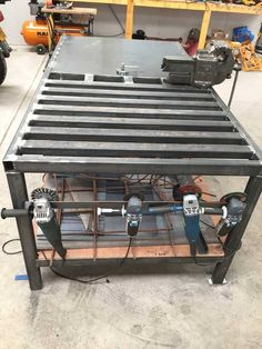 welding table plans or ideas Welding Bench, Welding Cart, Welding Shop, Welding Jobs, Diy Welding, Metal Welding, Metal Projects, Welding Projects, Welding Ideas