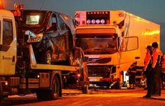 BELGA, Vrachtwagenchauffeur ongeval Denderleeuw bekent roken joint, in http://www.nieuwsblad.be/cnt/dmf20150103_01456112, 05/01/2015