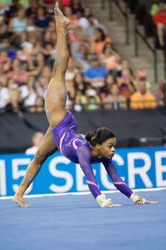 Gabby Douglas on floor Gymnastics Tricks, Gymnastics Posters, Gymnastics Photos, Gymnastics Team, Olympic Gymnastics, Cheerleading, Black Gymnast, Female Gymnast, Amazing Gymnastics