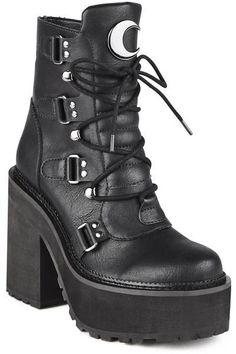 Broom Rider Boots [B]