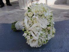 # bridal  bouquet # λυζιανθος , μπουβαρδια ,στεφανωτις