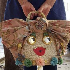 Coffe e Coffette, Lucia Perricone Bags Diy Handbag, Diy Purse, Diy Bags Purses, Lv Bags, Handmade Handbags, Handmade Bags, Summer Handbags, Craft Bags, Denim Bag