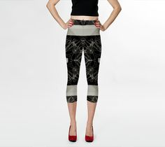 Scribblez yoga capri leggings by Bunhugger Design