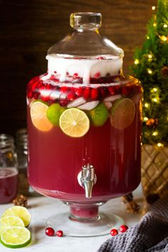 Christmas Punch - this Christmas Punch has been my go-to holiday drink for years! It's so delicious and perfectly festive and the whole family loves it! And it only takes minutes to make. punch recipes non alcoholic Christmas Punch - Cooking Classy Christmas Party Food, Christmas Cocktails, Christmas Cooking, Holiday Drinks, Christmas Desserts, Fun Drinks, Yummy Drinks, Beverages, Christmas Cocktail Party