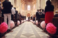 What a great idea for a splash of color if you have to get married in a church.