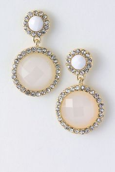 """Alma"" White Earrings"