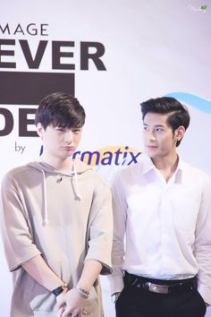 Bright Pictures, Cute Asian Guys, Addicted Series, Bad Romance, Love Scenes, Cute Gay Couples, Cute Actors, Thai Drama, Boys Like