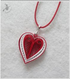 Heart Pendant - Quilled by: Quilling Boszi Paper Quilling Earrings, Neli Quilling, Quilled Paper Art, Paper Quilling Designs, Quilling Paper Craft, Quilling Patterns, Quilling Ideas, Paper Crafts, Paper Jewelry