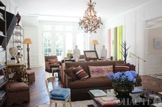 stylish 'lived in' look with a welcoming atmosphere - Richard Hallberg Daybed In Living Room, Home Living Room, Living Area, Windsor Smith, House Of Windsor, Gwyneth Paltrow, Benjamin Moore, Interior Design Inspiration, Floors