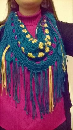 Craft Disasters and other Atrocities: Granny Infinity Fringe Scarf