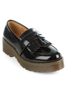 Mocassins Teens black patent tassel chuncky loafers de New Look