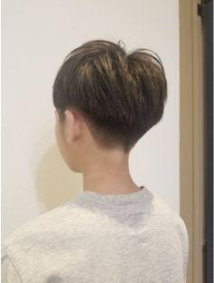 Tomboy Hairstyles, Undercut Hairstyles, Short Hair Undercut, Face Men, Skinhead, Pixie Haircut, Pixie Cut, Haircuts For Men, Hair Inspiration