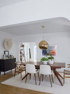 25 Easy Home Interior Design Tips That Anyone Can Implement – HomeDecorateTips Interior Design Minimalist, Best Home Interior Design, Apartment Interior Design, Luxury Homes Interior, Luxury Home Decor, Interior Design Kitchen, Home Design, Minimalist Room, Contemporary Interior Design