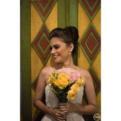 """25 curtidas, 3 comentários - Naso Fotografia (@nasofotografia) no Instagram: """"Wedding Sweet Wedding.  #nasofotografia #marilopesmakeup #espaçoarcádia #ceuazuleventos"""""""