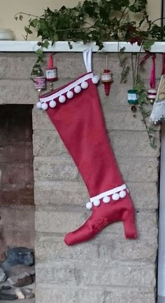 Luxury Christmas boot stocking to conceal that special gift: Red/white pompoms