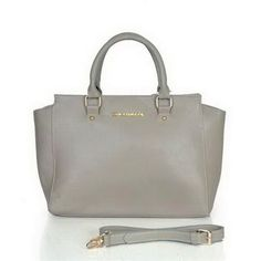 cheap Michael Kors Selma Saffiano Large Grey Satchels Outlet sale online, save up to 70% off hunting for limited offer, no duty and free shipping.#handbags #design #totebag #fashionbag #shoppingbag #womenbag #womensfashion #luxurydesign #luxurybag #michaelkors #handbagsale #michaelkorshandbags #totebag #shoppingbag