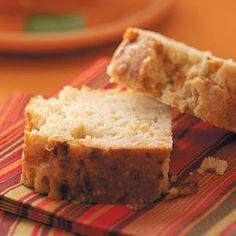 Blue Cheese and Shallot Bread....so yummy and quick to make!