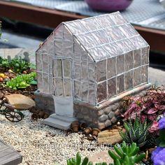 Miniature Gardening - Greenhouse #fairy #garden