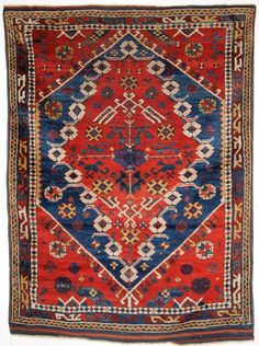ANTIQUE TURKISH BERGAMA REGION RUG, CLASSIC DESIGN AND SUPERB COLOUR. CIRCA 1880. Size: 6ft 0in x 4ft 4in (182 x 132cm).