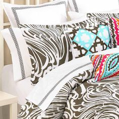 Love the mix match bedding
