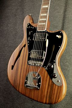 Mustang/Jaguar/Bastard Semi-Hollow...this is the Bilt 55 Zatfig. Weep. Go on.