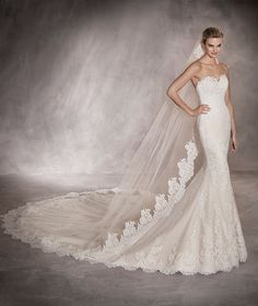 PRINCIA - Mermaid wedding dress in tulle with a sweetheart neckline
