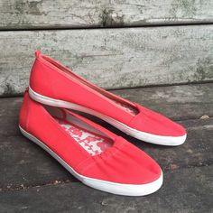 Red Flats White Stag flats. Excellent condition. White Stag Shoes Flats & Loafers