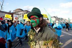 United Nations Climate Change Conference - COP15 - Copenhagen, Denmark ... #globalwarming #climatechange #COP21 #Paris #united– More at http://www.GlobeTransformer.org
