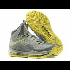 best sneakers 3d106 89eb1 Like new authentic Nike Lebron X sport sneakers You don t want to miss this